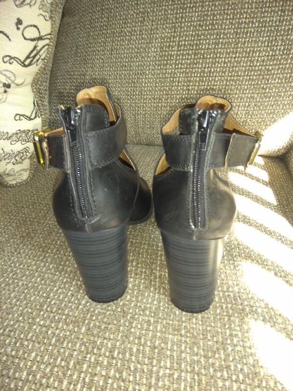 Other Peep Toe Black Bootie (SIZE 11) photo four