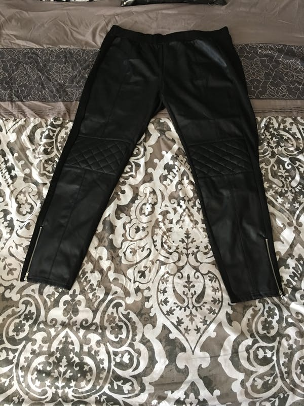 Forever 21+ Cute black leather tights  photo four