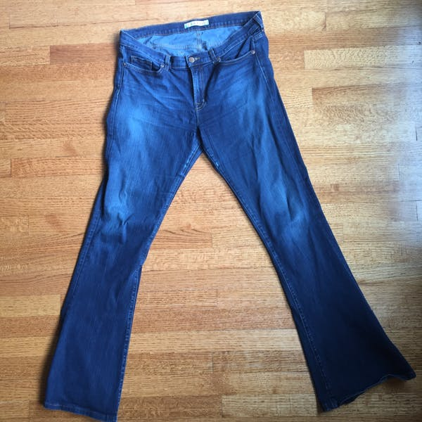 Other J BRAND FLARE BOTTOM JEANS photo three
