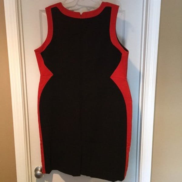 Eloquii Eloquii Colorblock Sheath Dress photo three