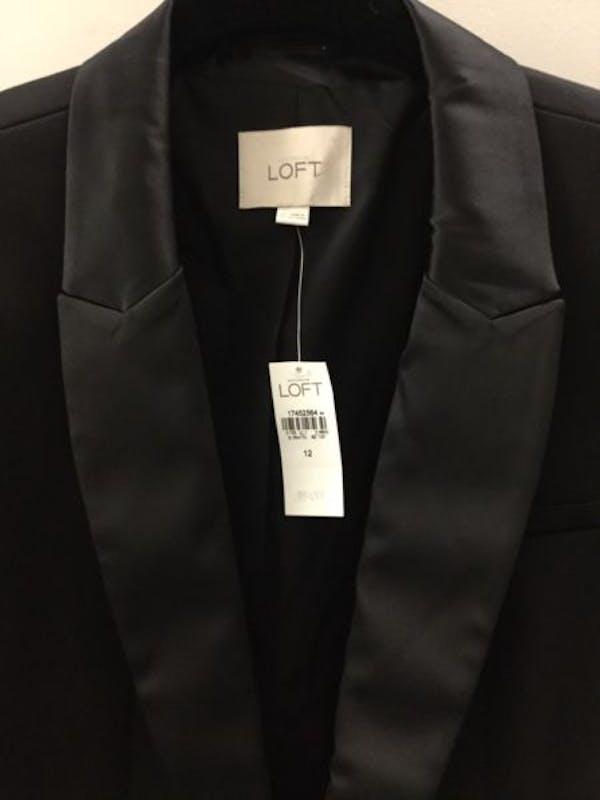 LOFT NWT ANN TAYLOR LOFT Black Sleek Satin Trim Notch Lapel Tuxedo Jacket Blazer $108 photo three