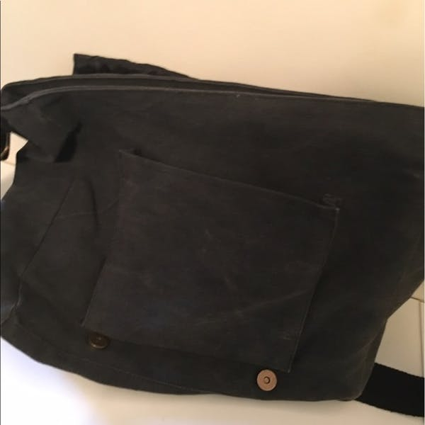 Other Jamaica Messenger Bag photo two