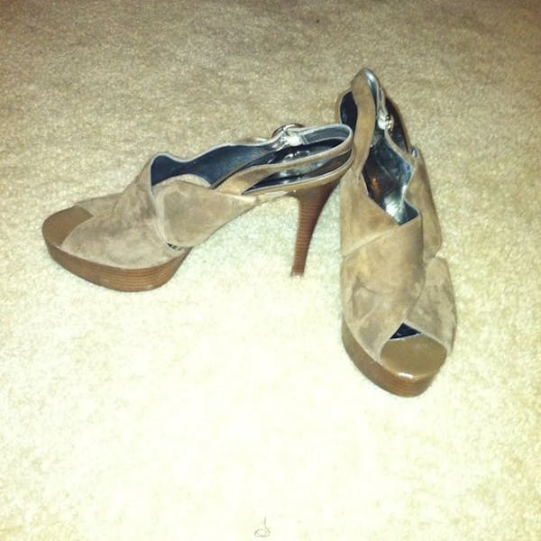 GUESS Brown Suede (Top) Peep Toe Platform Guess Hells photo two