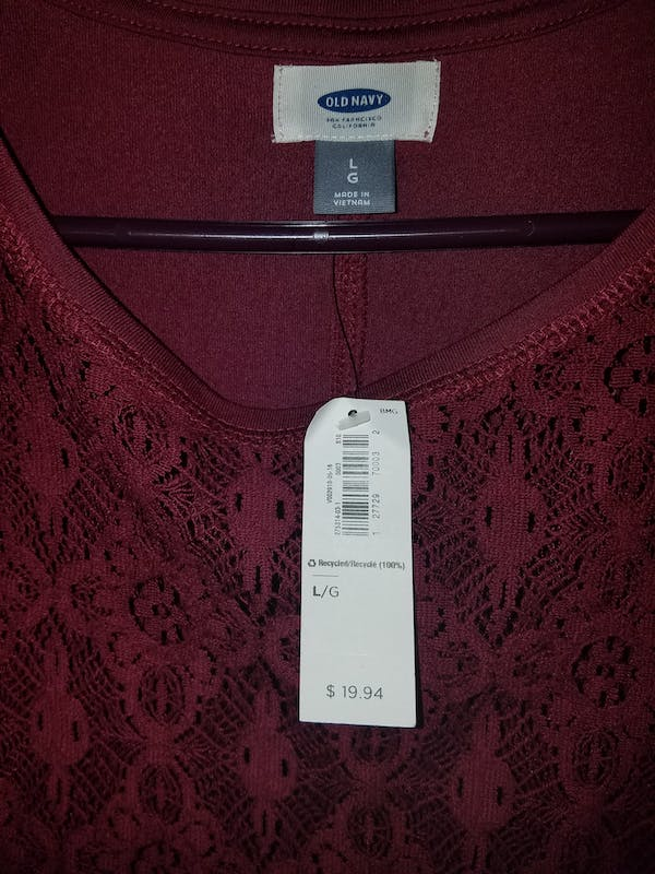Old Navy Maroon cutout top photo two