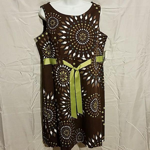 Other Jessica Howard diamond geometric print sleeveless dress