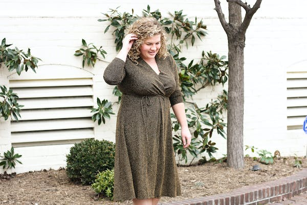 Who What Wear Gold Shimmer Midi Dress