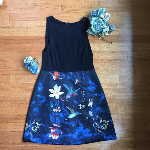 Alice + Olivia ALICE & OLIVIA BLACK AND FLORAL PRINT DRESS