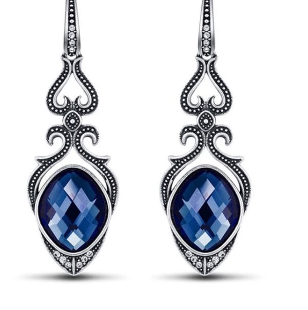 Other STUNNER SAPPHIRE BLUE DROP EARRINGS