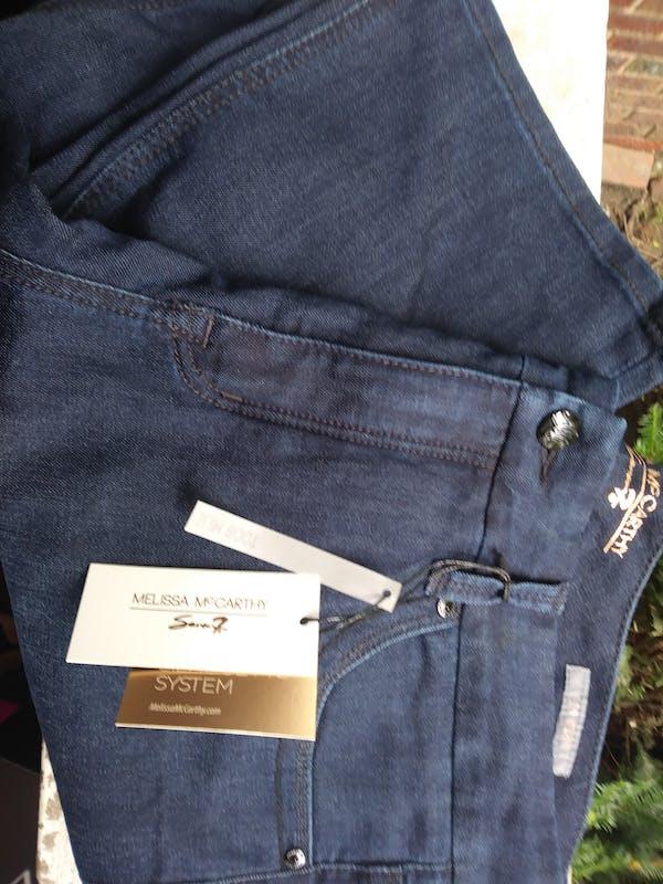 Melissa McCarthy Cute jeans