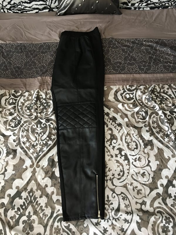 Forever 21+ Cute black leather tights